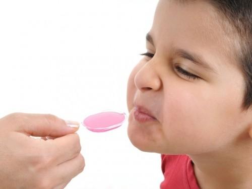 Como dar remedio para criancas