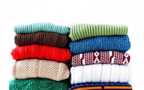 O que fazer antes de doar roupas usadas
